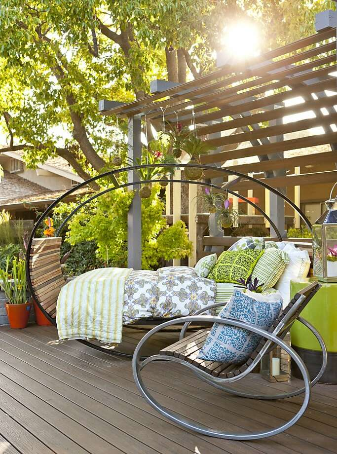 Sunset's Ultimate Outdoor Living Room and House Arc Photo: E. Spencer Toy