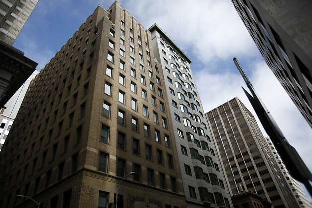 The rooftop plaza at 343 Sansome St. is open to the public but only marked by a small placard on the building in San Francisco, Calif. Sunday, June 3, 2012.  Larger signs will be required if new legislation is approved. Photo: Sarah Rice, Special To The Chronicle
