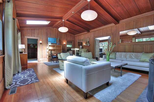This vintage Craftsman home in Marin County offers great indoor and outdoor living. Photo: Patrice Jerome