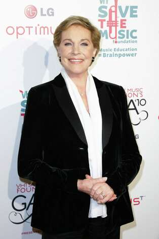 ... the loss of her singing voice in an operation, Julie Andrews now enjoys ...