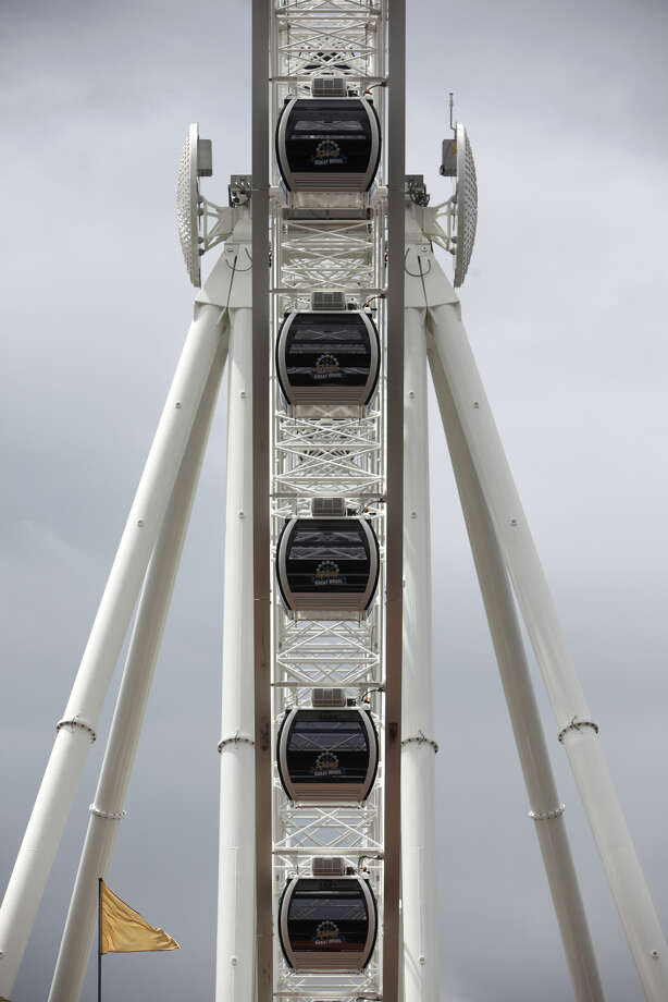 Gondolas on the Seattle Great Wheel are shown as they are installed. Photo: JOSHUA TRUJILLO / SEATTLEPI.COM