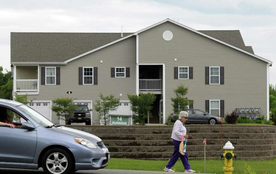 An unit in an apartment building at 14 Glenridge Rdwas the scene of an FBI operation in Glenville N.Y. Tuesday June 5, 2012. (Michael P. Farrell/Times Union) Photo: Michael P. Farrell
