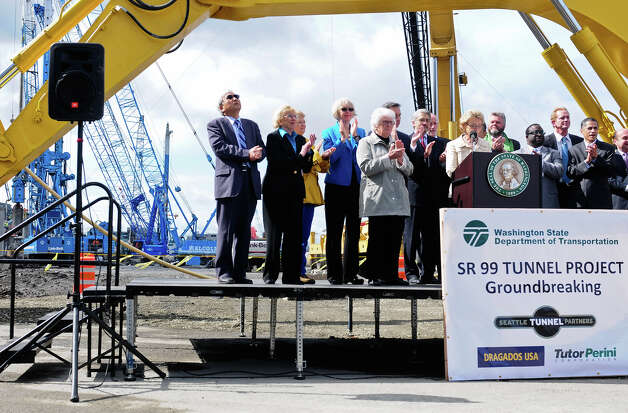 Government officials applaud during the SR 99 Tunnel Project groundbreaking ceremony. Photo: LINDSEY WASSON / SEATTLEPI.COM