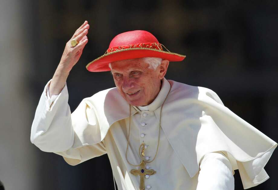 Pope Benedict XVI blesses faithful during the weekly general audience in St. Peter square at the Vatican, Wednesday, June 6, 2012. Photo: AP