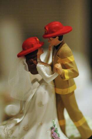 Cake topper from Sharkey M. Photo: Flickr Creative Commons License