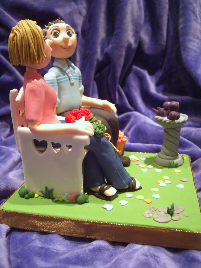 Christine & Dennis cake... from the-icing-on-the-cake. (Jo) Photo: Flickr Creative Commons License
