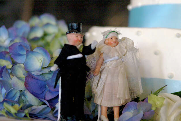 Wedding Topper from David Gallagher Photo: Flickr Creative Commons License