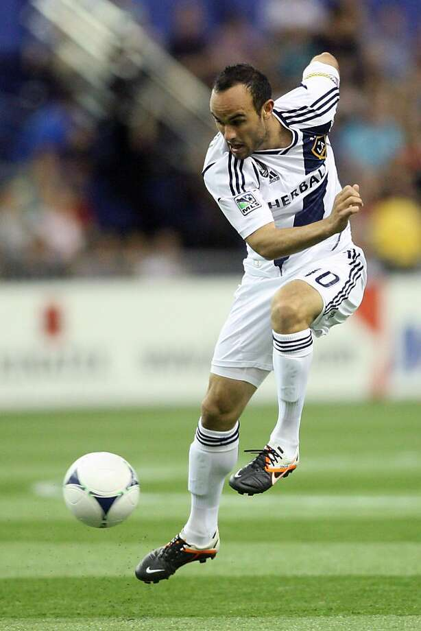 MONTREAL, CANADA - MAY 12: Landon Donovan #10 of the Los Angeles Galaxy kicks the ball during the MLS match against the Montreal Impact at the Olympic Stadium on May 12, 2012 in Montreal, Quebec, Canada. (Photo by Richard Wolowicz/Getty Images) Photo: Richard Wolowicz, Getty Images