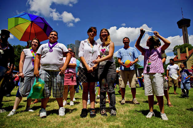 A diverse crowd attends PrideFest San Antonio in Hemisfair Park, Saturday, June 14, 2008. NICOLE FRUGE/nfruge@express-news.net Photo: NICOLE FRUGE, SAN ANTONIO EXPRESS-NEWS / nfruge@express-news.net
