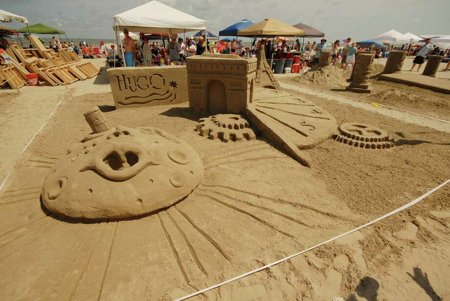 """CDA Architects won the Bronze Shovel (third place) with """"Hugo"""" at the 2012 AIA SandCastle competition in Galveston. Photo: William Hebel"""