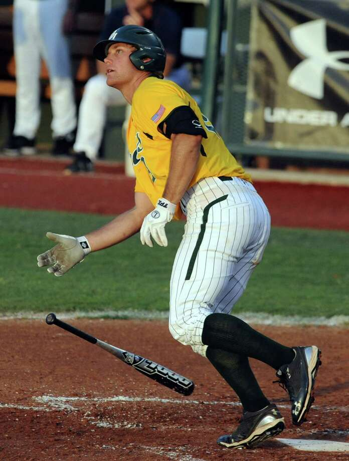 Baylor's Dan Evatt has been a force at the plate this season. He is third on the team in batting average (.340) and second in home runs (eight). Photo: Rod Aydelotte / The Waco Tribune-Herald