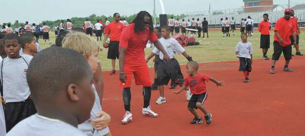 Whitney Charles Wife Of Jamaal Charles Chiefs RB Charles read...