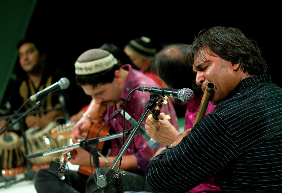 Silvermine Arts Center in New Canaan Conn. presents troubadour Arieb Azhar on Sunday, June 24, at 5 p.m. Photo: Contributed Photo