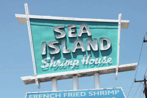 Sea Island Shrimp House's first location was at 322 W. Rector St.