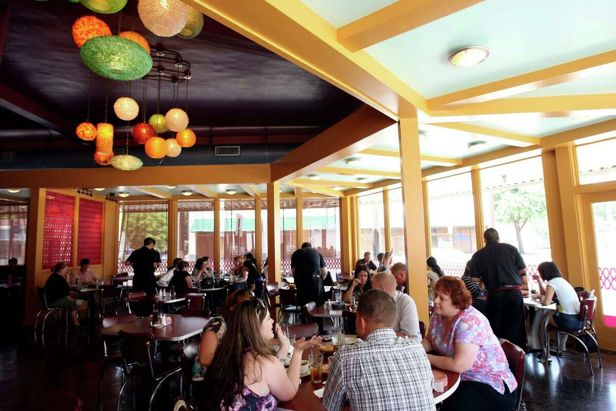 Rosario's Restaurant y Cantina won Readers' Choice awards for best downtown restaurant, best salsa and best Mexican restaurant. Critics called it the best place to take out-of-town guests.