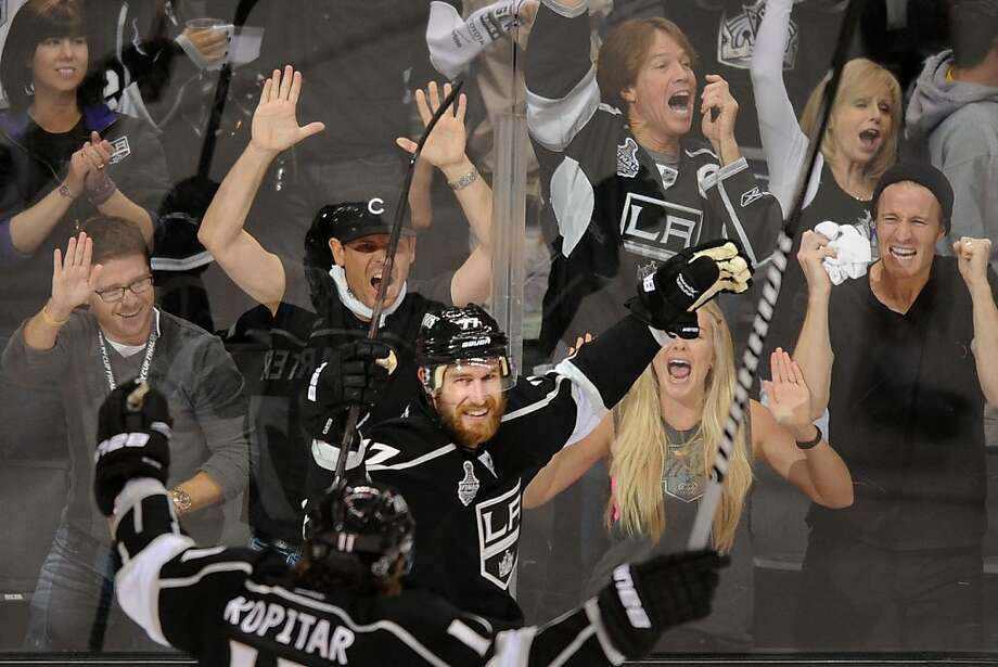 Los Angeles Kings 'Jeff Carter celebrates his second goal of the game against the New Jersey Devils during Game 6 of the Stanley Cup Finals at Staples Center in Los Angeles, California, on Monday, June 11, 2012. The Kings won, 6-1. (Wally Skalij/Los Angeles Times/MCT) Photo: Wally Skalij, McClatchy-Tribune News Service