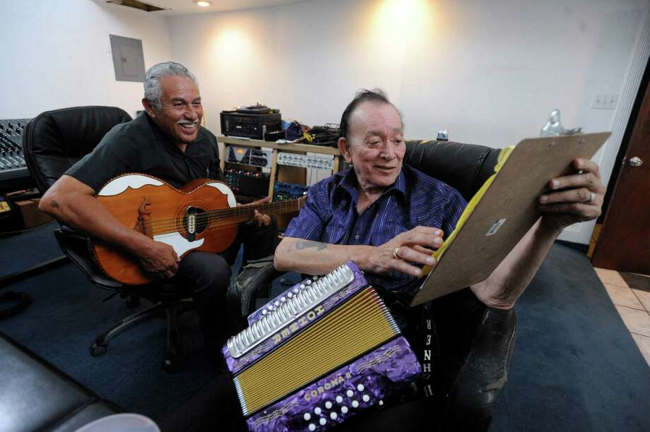 Fred Ojeda, left, and Flaco Jimenez record as Los Caporales at the Blue Cat Studio. Their cantina-sounding album, the product of sessions in which Jimenez became emotional, will be released this summer. Photo: Billy Calzada, Staff / © 2012 San Antonio Express-News