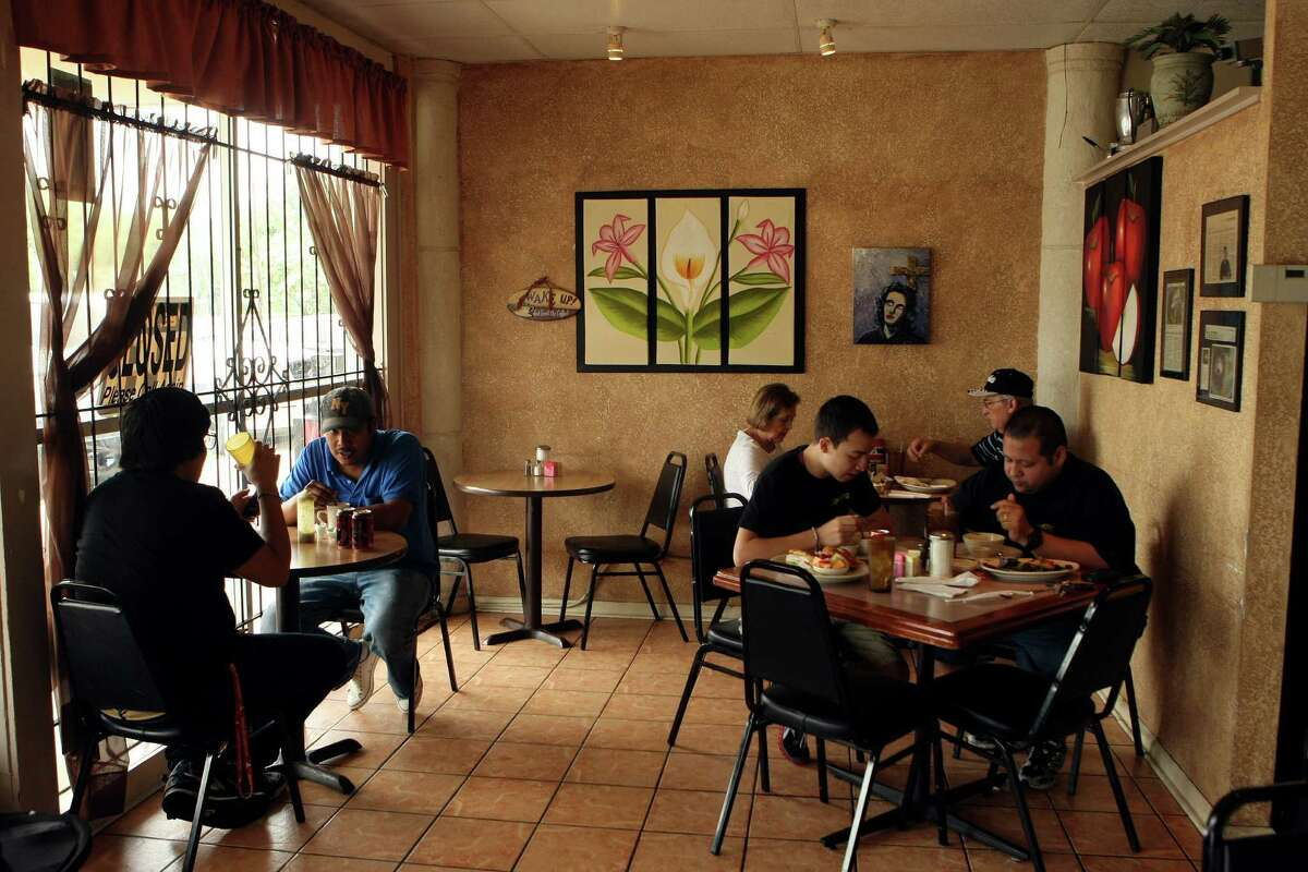 Be warned - if you go to the Critics' Choice pick for best breakfast restaurant, you'll likely have to wait for a table. The breakfasts at the Koffee Kup Pancake House, 1025 Donaldson Ave., draw quite a crowd.
