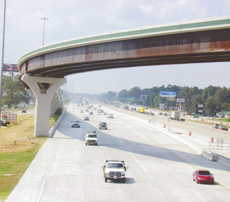 The planned flovers at Texas 242 and Interstate 45 will be similar to those in place at Woodlands Parkway AND I-45, show above when it opened in 2001. Photo: David Hopper / Freelance