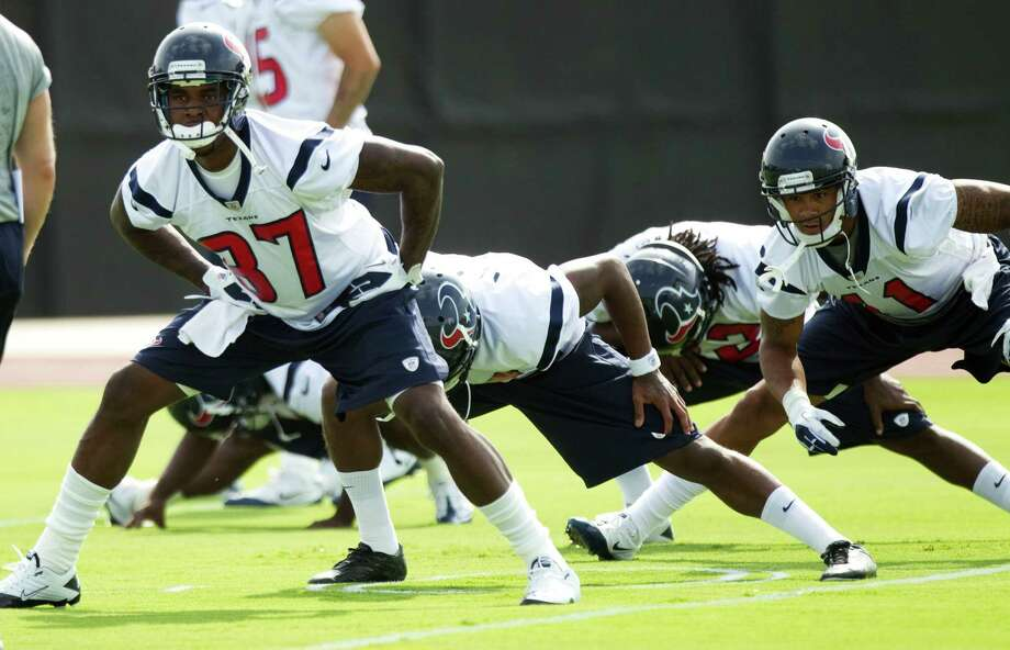 Receiver Mike Sims-Walker (37) played six games for Jacksonville and St. Louis amid a string of injuries last season, but he says he's healthy and ready to help the Texans now. The team also worked out fullback Moran Norris on Tuesday. Photo: Brett Coomer / © 2012 Houston Chronicle