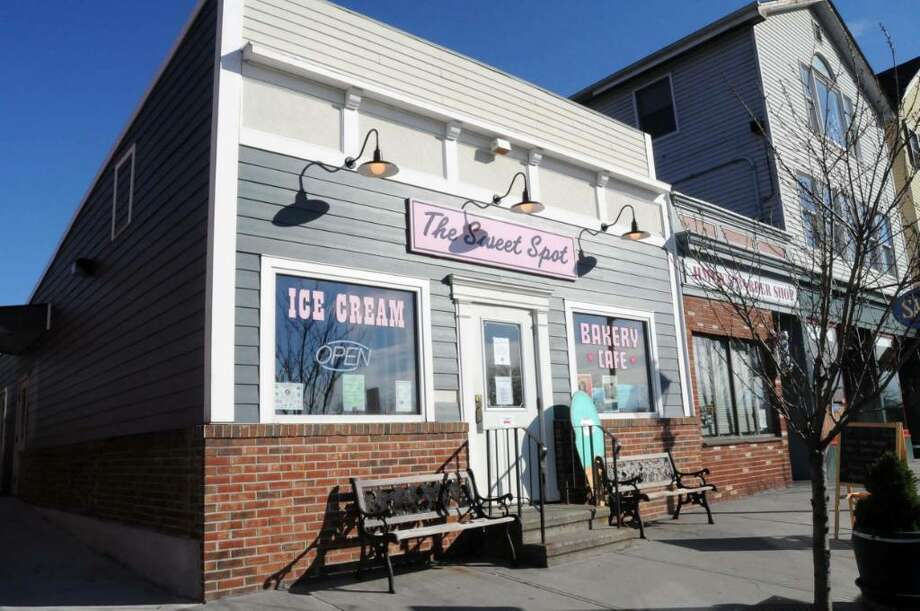 """""""The Sweet Spot"""" Ice Cream Shop and Bakery on Railroad Street in New Milford, CT.  Monday Nov. 16, 2009. Photo: Lisa Weir / The News-Times"""