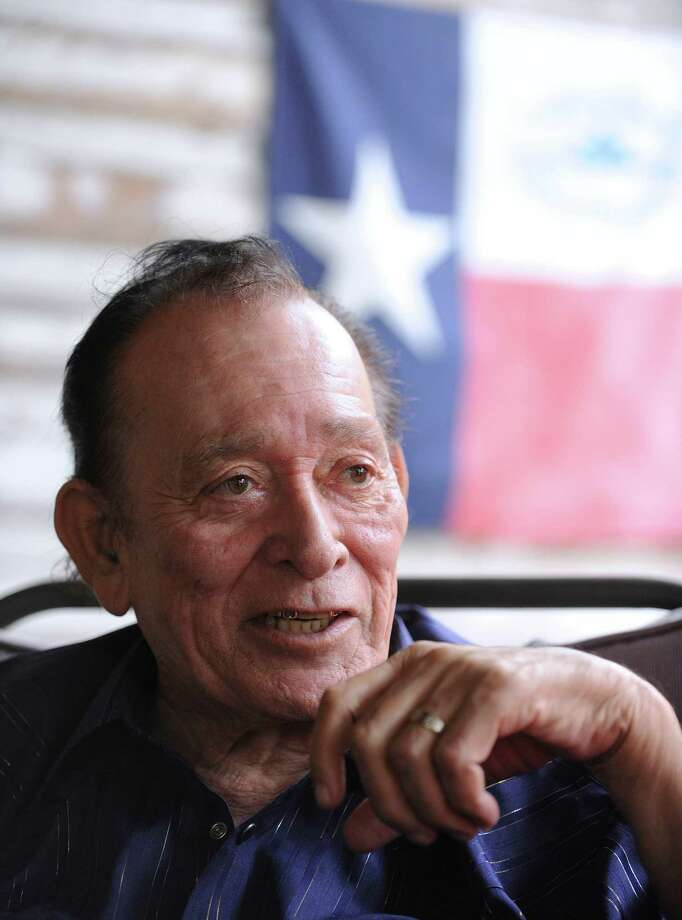 Legendary musicians Flaco Jimenez. Photo: Billy Calzada, San Antonio Express-News / © 2012 San Antonio Express-News