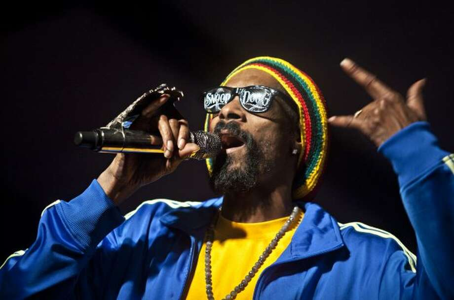 Snoop Dogg's kids will have to rebel by never smoking anything... ever.  (Heather Leiphart / Associated Press)