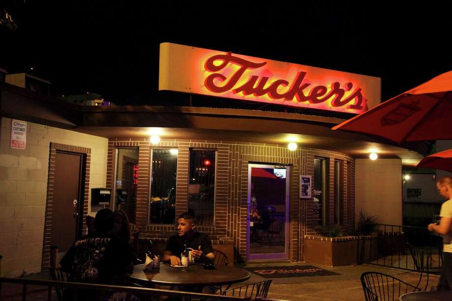 The entrance to the inside bar at Tucker's. Photo: XELINA FLORES-CHASNOFF