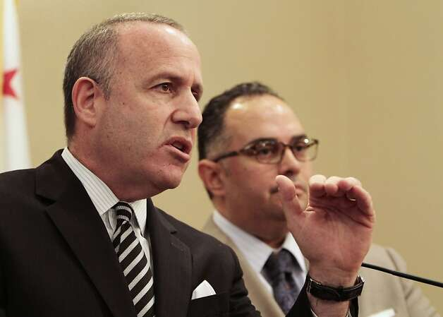State Sen. President Pro Tem Darrell Steinberg, D-Sacramento, discusses the state budget during a news conference with Assembly Speaker John Perez, D-Los Angeles, at the Capitol in Sacramento, Calif., Wednesday, June 13, 2012.  Steinberg and Perez said the Legislature will vote on the state budget by it's Friday constitutional deadline to pass a balanced budget.(AP Photo/Rich Pedroncelli) Photo: Rich Pedroncelli, Associated Press