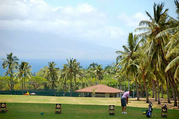 The West Maui mountains rise up across the bay as seen from the Makena Golf Course. Photo: Jeanne Cooper, Special To SFGate