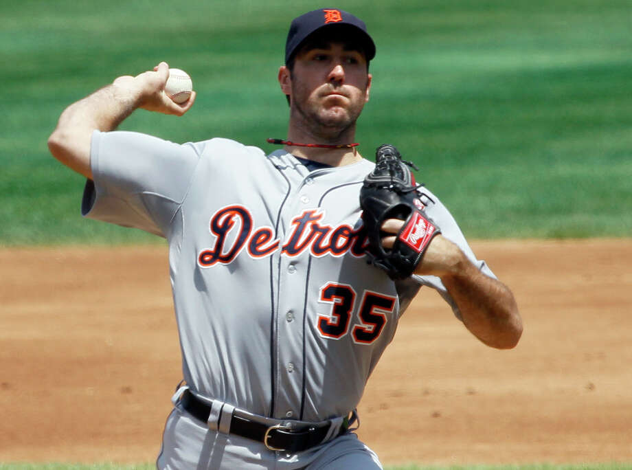 Detroit Tigers starting pitcher Justin Verlander delivers during the first inning of an interleague baseball game against the Chicago Cubs, Thursday, June 14, 2012, in Chicago. Photo: AP