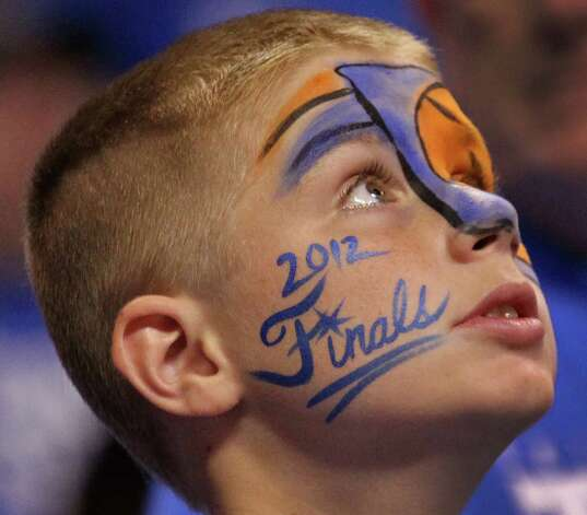 An Oklahoma City Thunder fan keeps the faith late in Game 2 of the NBA Finals against the Miami Heat on Thursday, June 14, 2012, at Chesapeake Energy Arena in Oklahoma City, Oklahoma. The Heat won, 100-96,to even the series, 1-1. (Charles Trainor Jr./Miami Herald/MCT) Photo: Charles Trainor Jr., McClatchy-Tribune News Service / Miami Herald