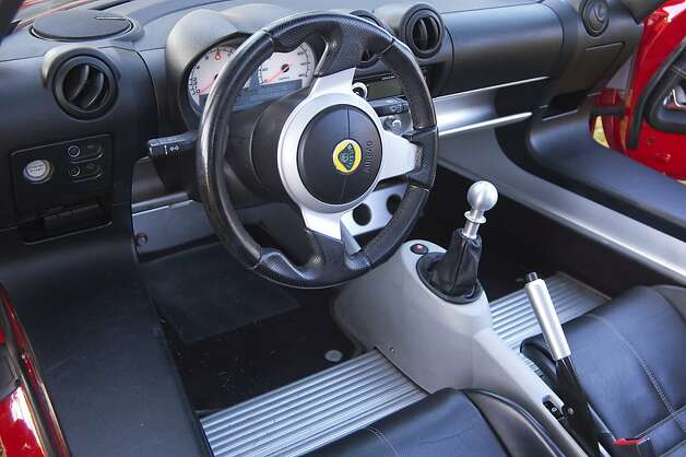 The 2005 Lotus Elise has a six-speed close-ratio gear box. Photo: Stephen Finerty, Photograph By Stephen Finerty -
