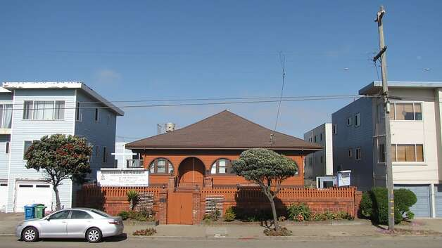 This former beach cottage at 1984 Great Highway was built in 1905 by the city's fire chief, Dennis Sullivan. Now it is a Chinese-language church and an example of the Outer Sunset's profound physical and cultural shifts. Photo: John King