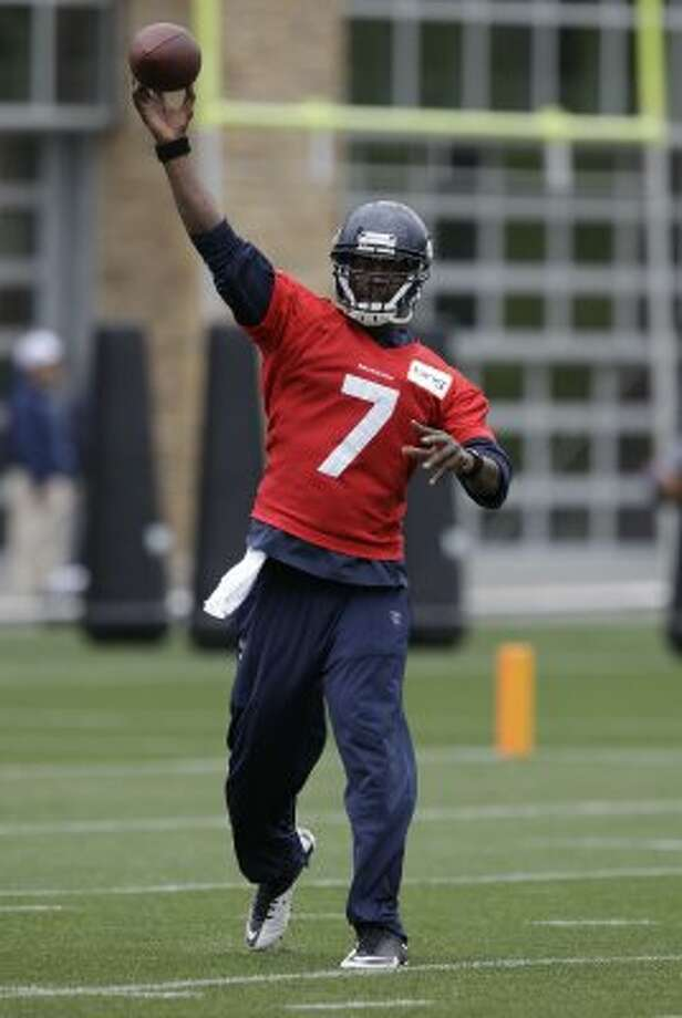 Seattle Seahawks quarterback Tavaris Jackson passes, Thursday, June 14, 2012, during practice Thursday, June 14, 2012, in Renton. (Ted S. Warren / Associated Press)