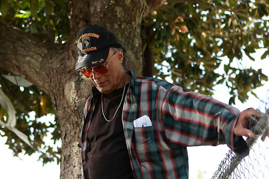 PLEASE REPLACE EARLIER PHOTOS WITH THESE. THE CAPTIONS HAVE BEEN MODIFIED.  Roy Wilson Swirczynski, a disabled veteran, alleged years before the INDICTMENT OF Joe Phillips and Phillips' wife, who has pleaded guilty,that he attempted to blow the whistle on Phillips with a series of written complaints that were ignored Thursday, May 24, 2012, in Houston. ( Johnny Hanson / Houston Chronicle ) Photo: Johnny Hanson, Houston Chronicle