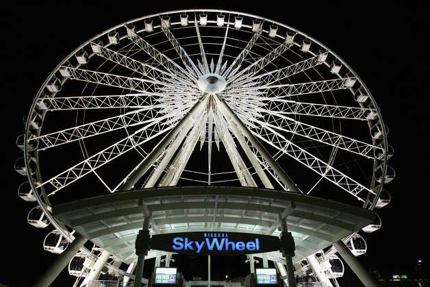 Niagara Falls' SkyWheel, at 175 feet high, offers a nice view of the falls. Photo: DON EMMERT, AFP/Getty Images / 2006 AFP