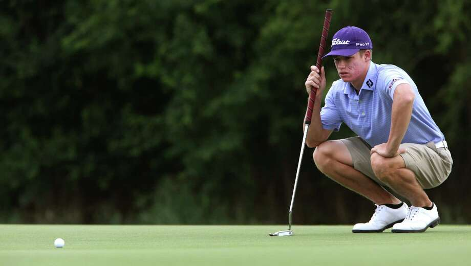 Stanton Tondre lines up a putt on hole 7 as he competes in the Greater San Antonio Men's Amateur Golf Championship at The Republic Golf Course, Friday, June 15, 2012. Photo: BOB OWEN, Express-News / © 2012 San Antonio Express-News