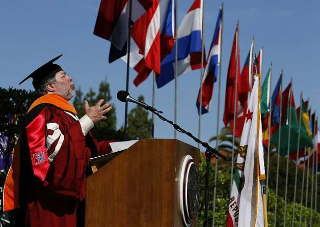 Apple co-founder Steve Wozniak delivers the commencement speech to graduates at the Santa Clara University in Santa Clara, Calif. on Saturday, June 16, 2012. Wozniak was presented with an honary Engineering Leadership doctorate by the university. Photo: Paul Chinn, The Chronicle