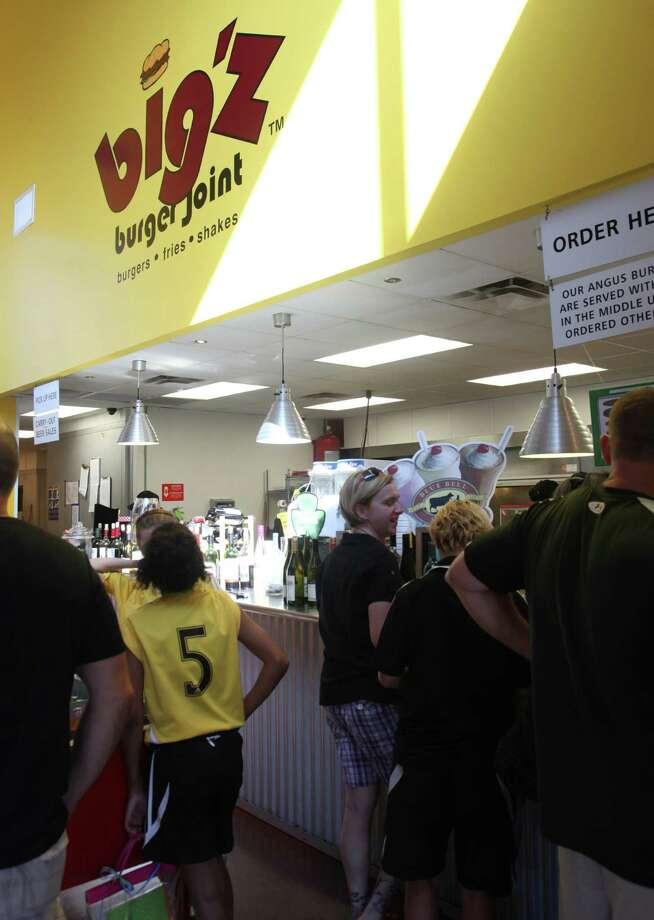 Chocolate malt at Big'z.Just a Taste: Big'z Burger Joint Photo: Juanito M.Garza, San Antonio Express-News / San Antonio Express-News