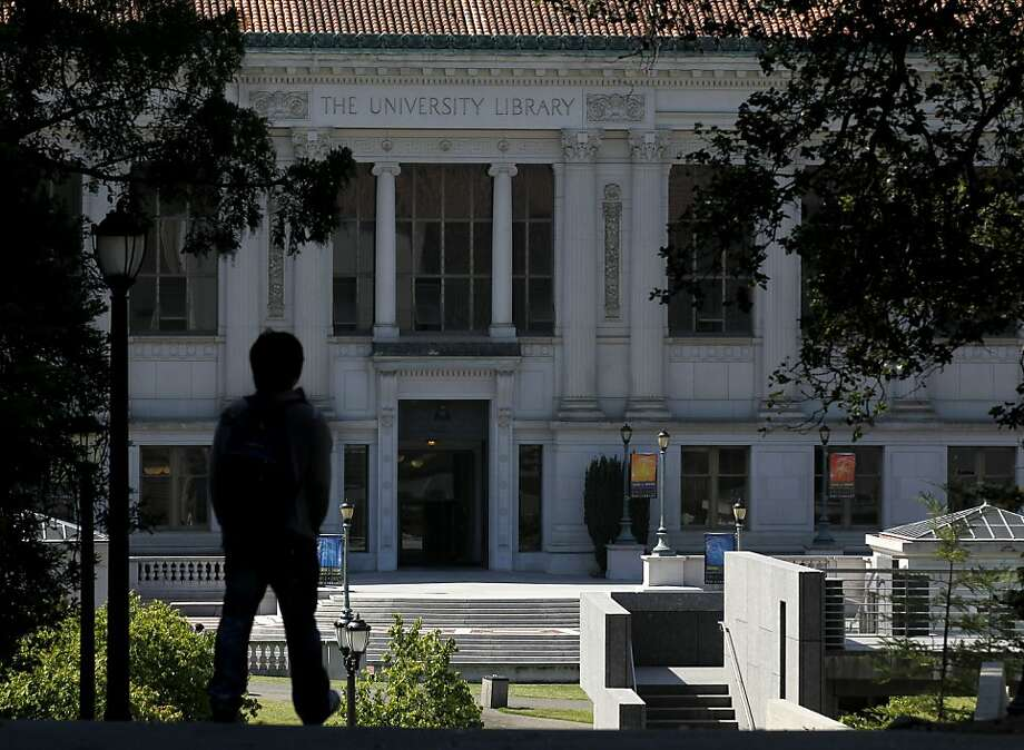 UC Berkeley has reduced its library spending by 12 percent since 2008 and has lost 70 of its 400 library professionals. Photo: Paul Chinn, The Chronicle