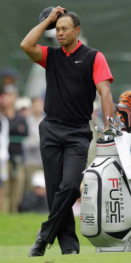 Tiger Woods says he couldn't figure out the speed of the greens until it was too late. Photo: Ben Margot / AP