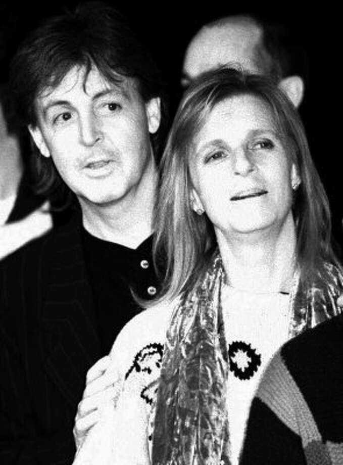 1993:  Paul and Linda in February of 1993. (PAUL HURSCHMANN / Associated Press)