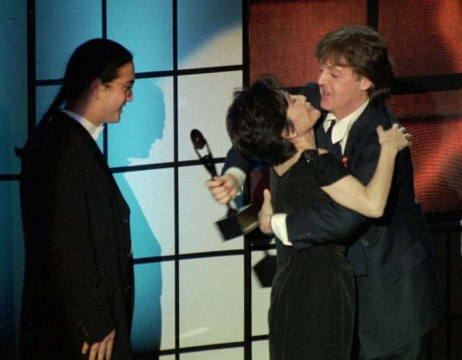 1994:  Sean Lennon and Yoko Ono with Paul McCartney at the induction of John Lennon into the Rock and Roll Hall of Fame.
