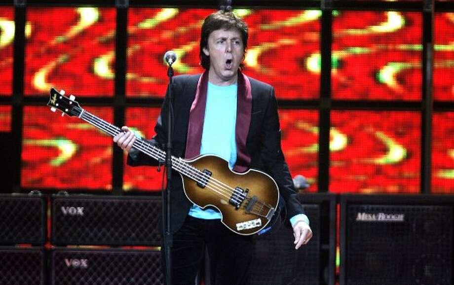 Paul McCartney in concert at the HP Pavilion in San Jose. 11/7/05 (John Storey / SFC)