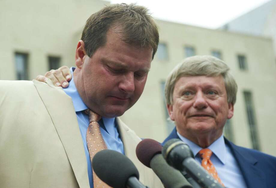 Former Major League Baseball pitcher Roger Clemens speaks to the media alongside his attorney, Rusty Hardin (R) after he was found not guilty on all charges in his perjury trial at US District Court in Washington, DC, June 18, 2012.   Clemens was found not guilty on three charges of making a false statement under oath, two charges of perjury and one count of obstruction of Congress. If convicted, Clemens could have faced 30 years in prison and a fine of USD 1.5 million.