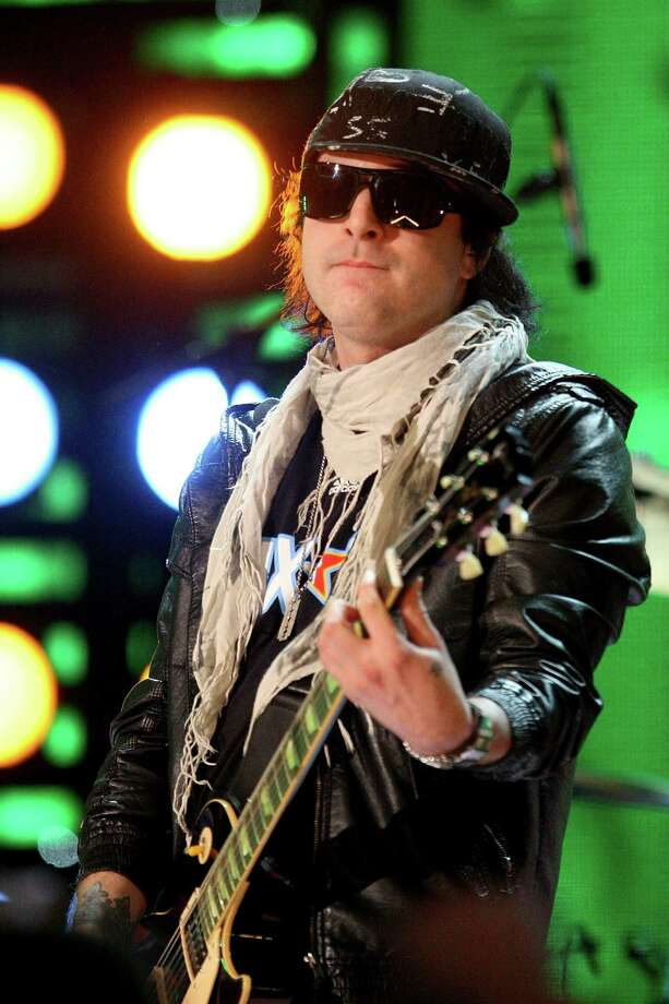 Kevin Rudolf will open the Clearasil Summer Concert Series tonight at Six Flags Fiesta Texas. Photo: Ronald Martinez, Getty Images / 2009 Getty Images