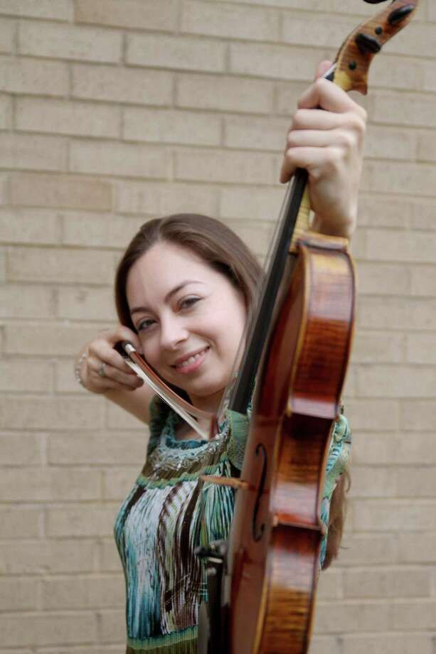 Violinist Renee Gilliland, 26, has been playing the violin since she was 5. Photo: Pin Lim / Copyright Pin Lim.