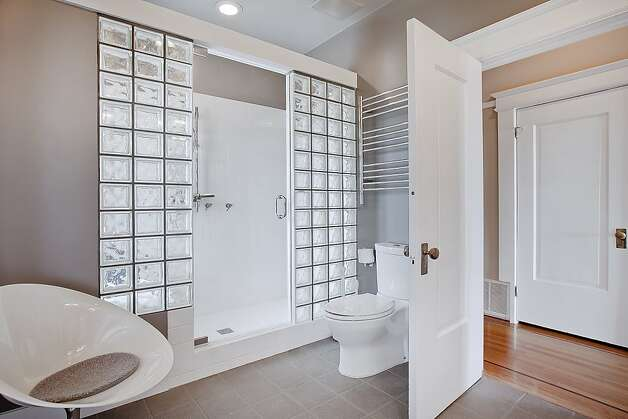 One of the home's two full bathrooms. Photo: OpenHomesPhotography.com