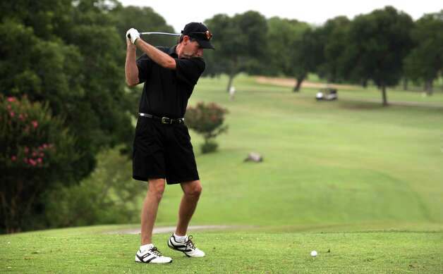 Steve Vitola tees off on the first hole recently at Willow Springs Golf Course, which could use a new irrigation system. Photo: BOB OWEN, San Antonio Express-News / © 2012 San Antonio Express-News
